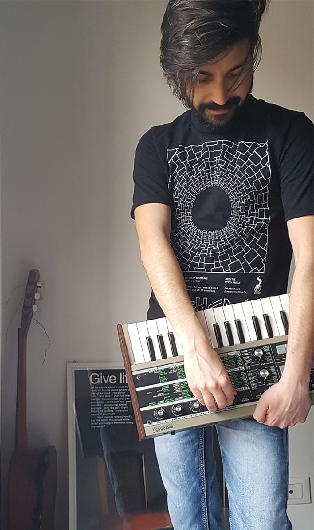 synth-tshirt-6